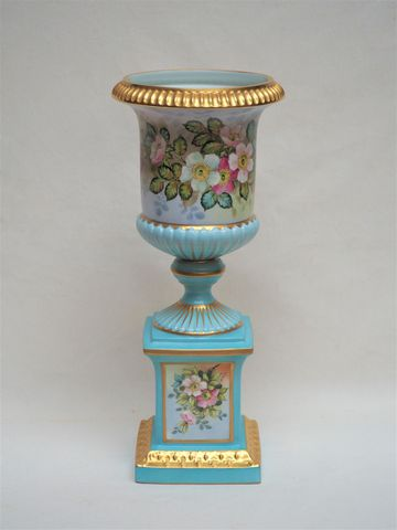 LIMOGES RIBES Porcelaines d'Art Important vase en porcelaine poly...