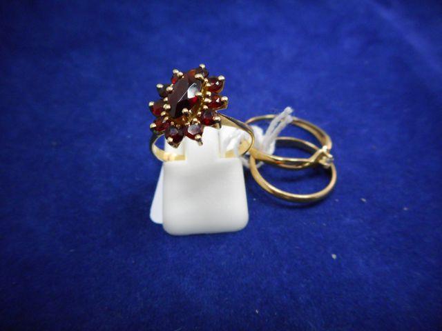 Deux bagues or et pierres et un anneau or 5,5g.