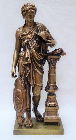 Henry Étienne DUMAIGE (1830-1888) Soldat antique Sujet en bronze ...