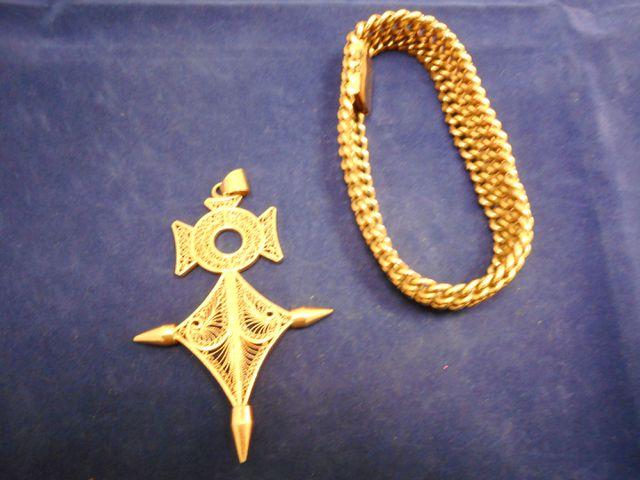Croix or 585mm 17,2g avec bracelet plaqué or