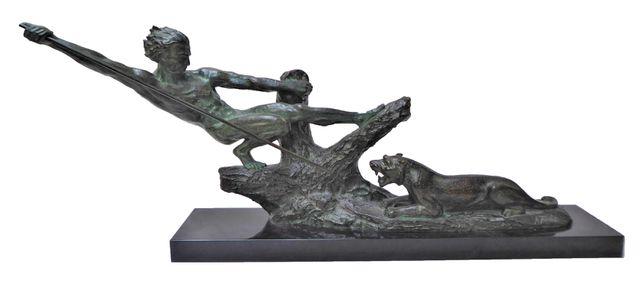 Frédéric C. FOCHT (1879-?) Chasse à la lionne Epreuve en bronze à...