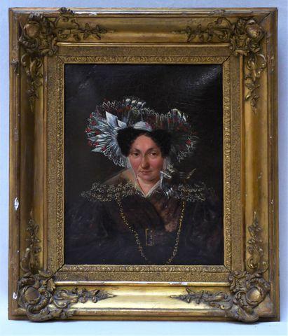 Ecole FRANCAISE XIXe siècle Portrait de femme Huile sur carton 26...