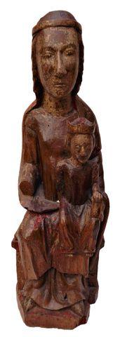Vierge en Majesté en noyer sculpté et restes de polychromie, dos ...