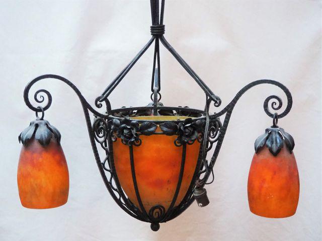 Lustre en fer forgé à 3 lumières avec vasque centrale et tulipes ...