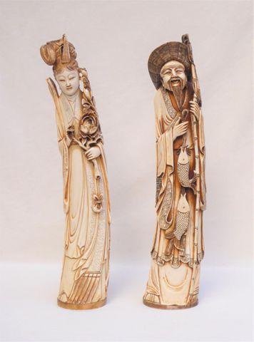 CHINE Début XXème siècle Paire d'okimonos représentant un couple ...
