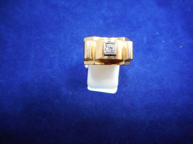 Chevalière or et petit diamant 7,3g. Tdd 54