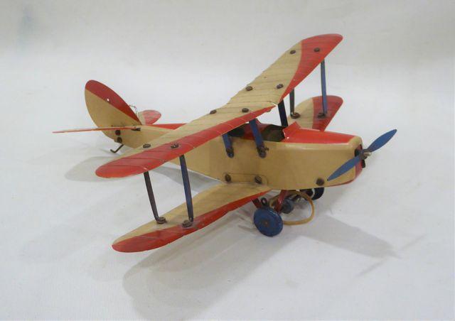 MECCANO - avion biplan démontable en tôle laquée beige et rouge -...