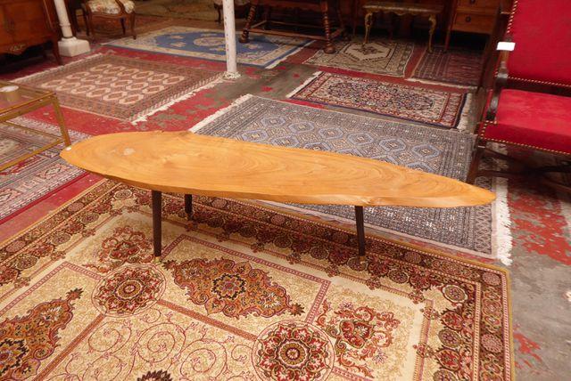 Table basse en bois naturel H. 41 cm  L. 159 cm  P. 43 cm