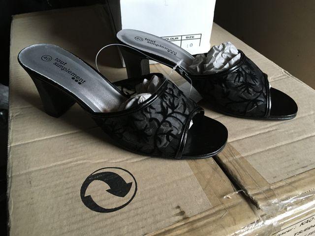 Lot de chaussures pour Femmes, 4 cartons