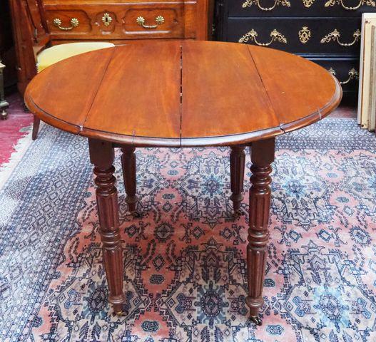 Table à volets Louis-Philippe en bois naturel et 4 chaises Table ...