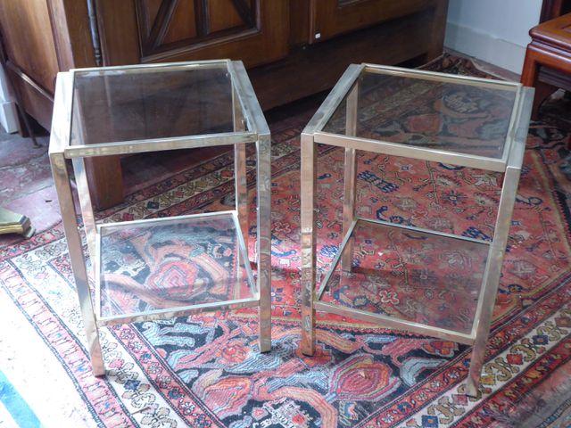 Paire de bouts de canapé en métal doré dessus verre 57 x 39 x 34 ...