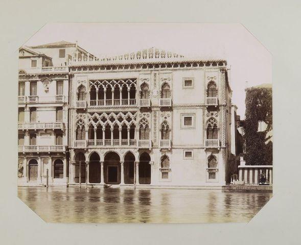 Italie. Album photographique d'Italie. Sl, [c. 1890]. In-folio ob...