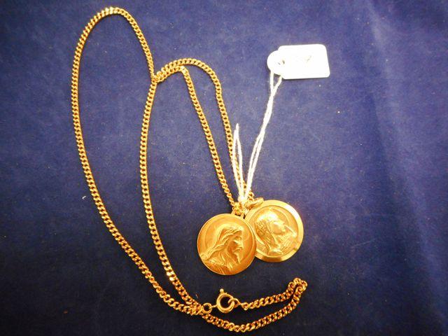 Chaine or avec deux médailles or 19,4g.