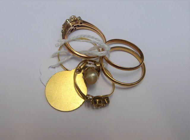 Lot bijoux or dépareillés Pds 13 grs