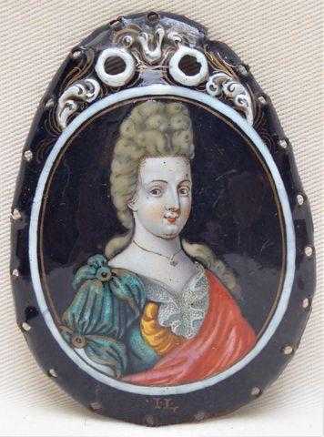 Jacques II LAUDIN Plaque d'aumônière en cuivre émaillé en polychr...