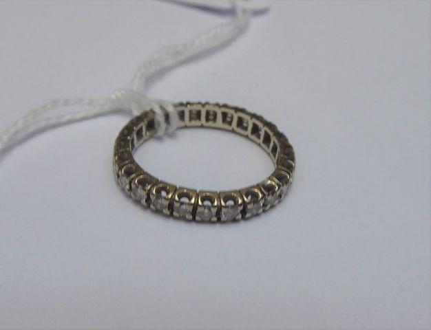 Alliance or blanc et diamants Pds 2 grs