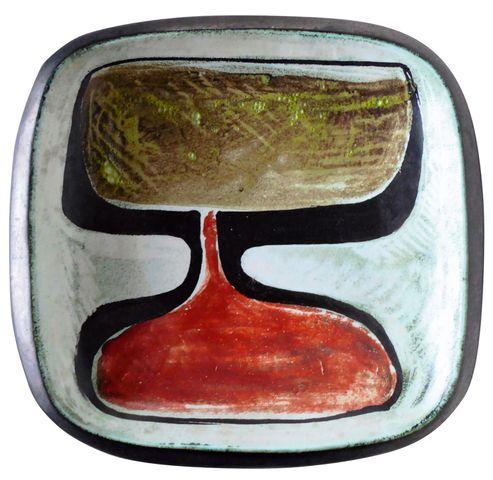 Georges JOUVE (1910-1964) Plat creux de forme carrée en céramique...