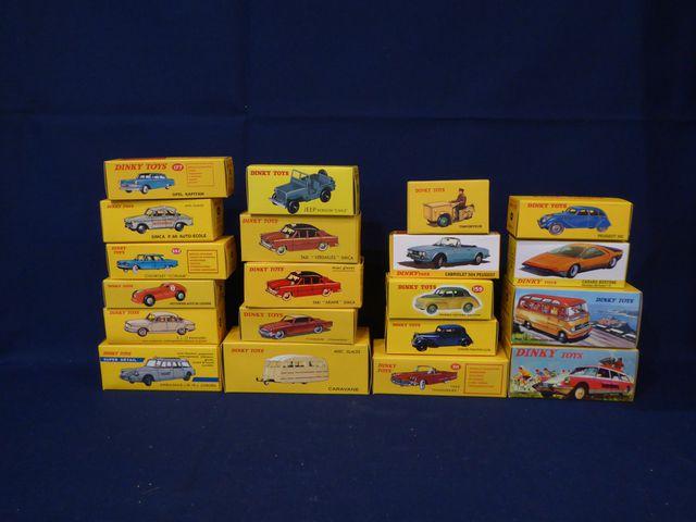 DINKY TOYS Editions ATLAS GROUP Lot de 20 véhicules dans leurs bo...