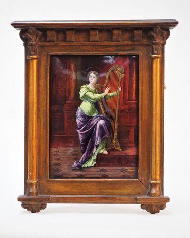 Jules SARLANDIE (1874-1936) La Harpiste Email sur cuivre signé en...