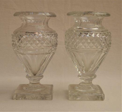SAINT-LOUIS Paire de vases balustres en cristal taillé H. 21 cm
