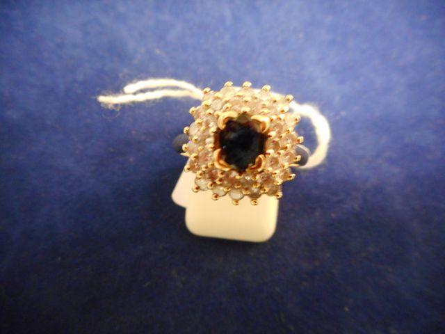 Bague or et pierre bleue et petits diamants 5,9g. Tdd 53