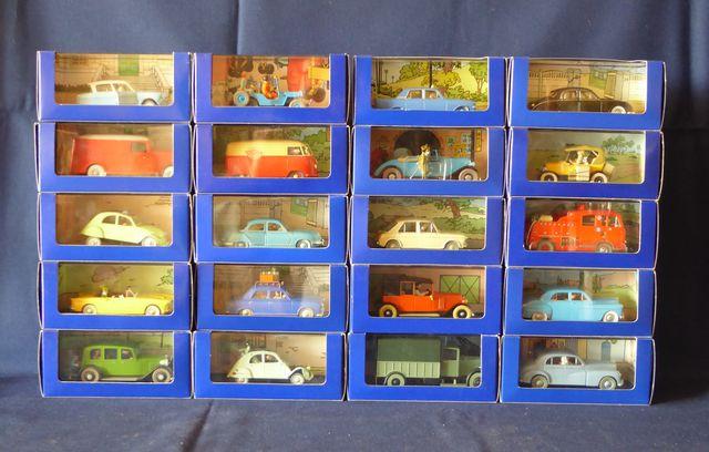 Hergé-Moulinsart Lot de 20 véhicules dans leurs boîtes