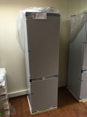 Réfrigérateur Congélateur Encastrable CANDY Neuf Modèle : CKBBS10...