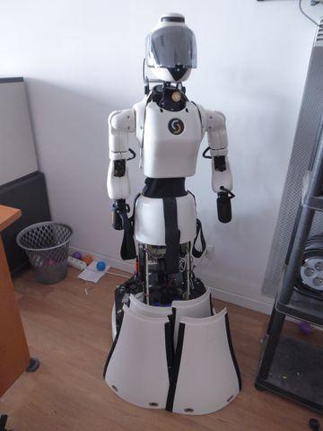ROBOT LEEMBY (5)