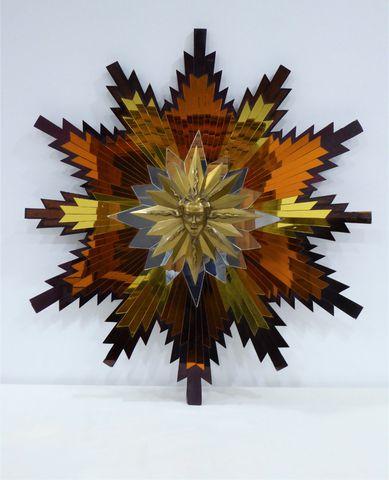 Miroir soleil à décor rayonnant en verre à 3 teintes composé au c...