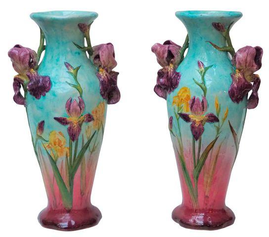 Delphin MASSIER (1836-1907) Importante paire de vases en faïence ...