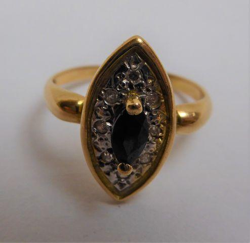Bague or sertie pierre couleur noir/blanc Pds 3 grs